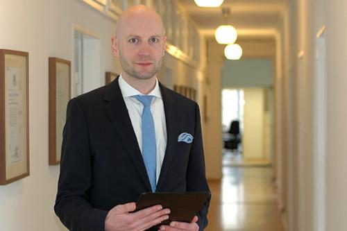 Rechtsanwalt John Bühler - Erbrecht Hannover